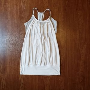 Lululemon White No Limits Tank top with Built-in Bra 6 Racerback